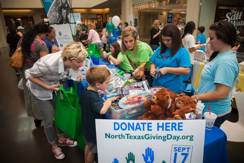 North Texas Giving Day Donation Station at NorthPark Center. Photo by Kim Leeson